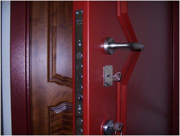 Вторая входная дверь: каприз или необходимость? изображение